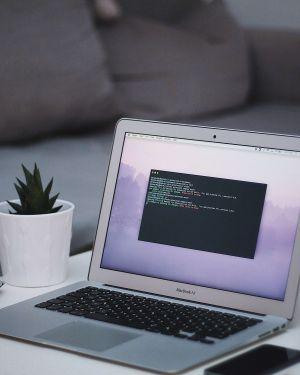Wij ontwerpen en bouwen mooie en gebruiksvriendelijke websites, webapplicaties en webshops